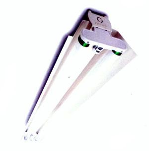 材料:本体采用有制冷轧钢板,内置传统式镇流器,灯座,启辉器.